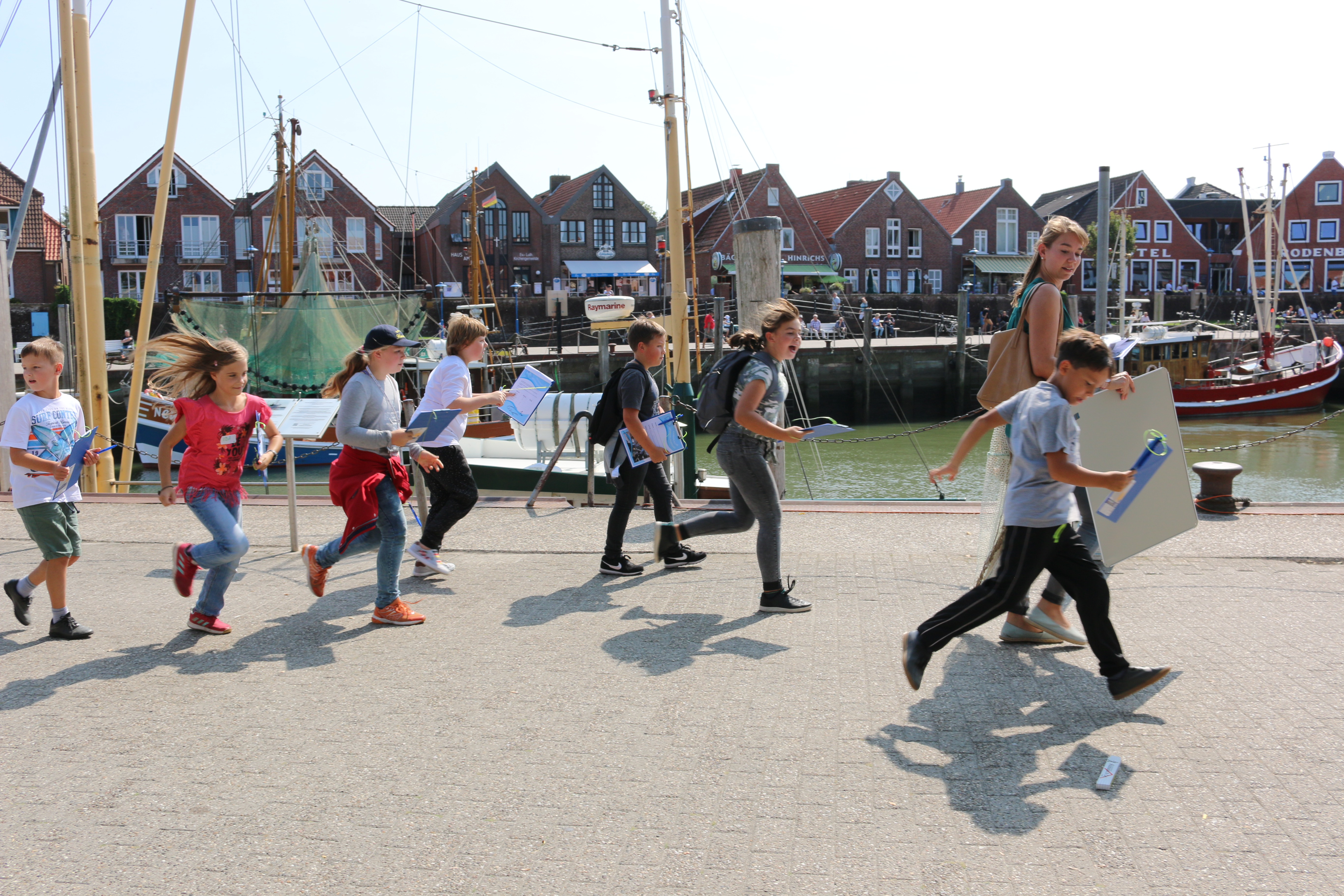 Students in the North Sea Region of Lower Saxony learn about small-scale coastal fisheries